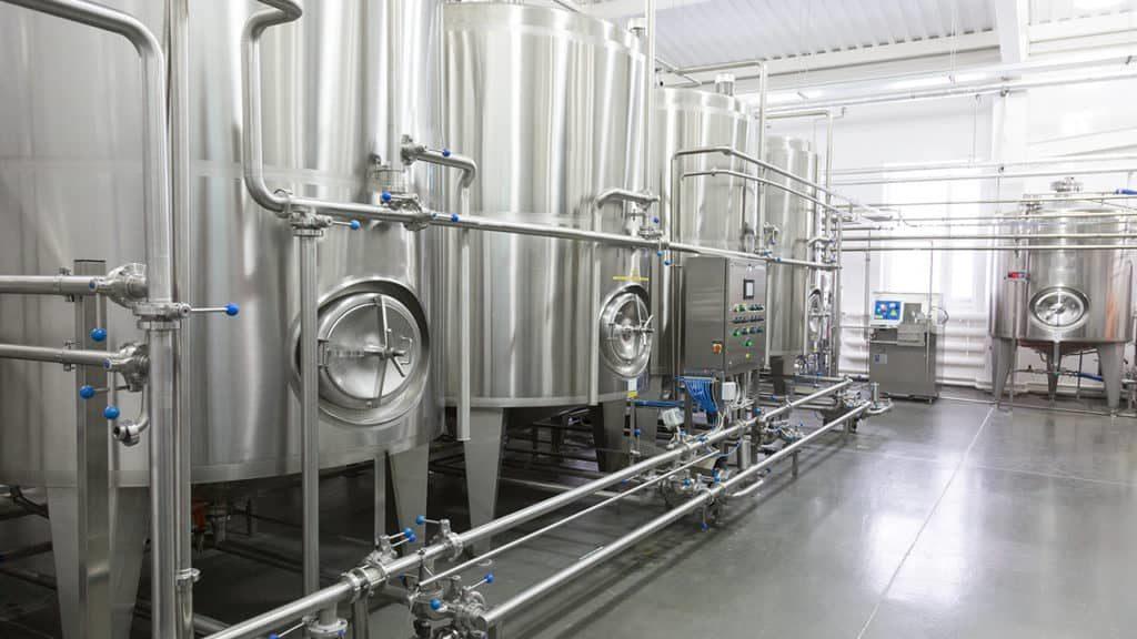 Refrigerated milk tanks